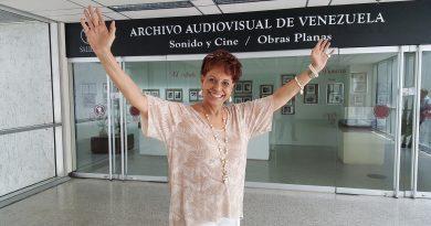 Floria Marquez [Videograbación] : [Entrevista]
